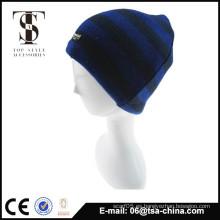 El estilo colorido al por mayor de la manera hizo punto el sombrero de los hombres del invierno