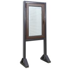 Fenêtre battante et vitrée en aluminium avec volets / stores