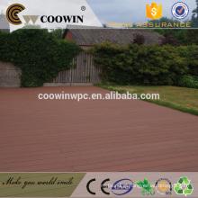 Cinzento para reboques piso compósito de madeira pvc