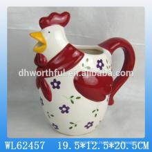 Прекрасный керамический молочный кувшин с фигуркой петуха