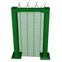 Fábrica de cerca de ferro revestido de PVC 358 Anti