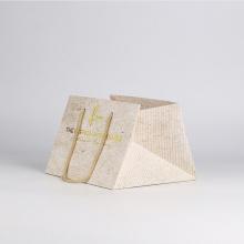 Индивидуальный бумажный пакет для покупок с квадратным дном