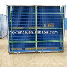 Panneaux de clôture temporaires sécurisés pour les projets de construction et les événements spéciaux.