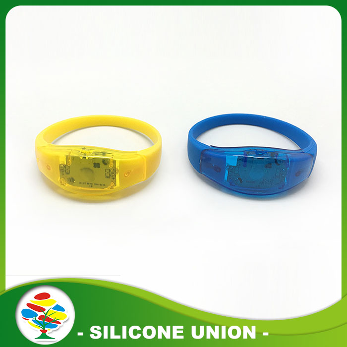cheap silicone led bracelet