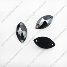Coudre des pierres à sertir en cristal avec des griffes en strass pour la décoration des vêtements