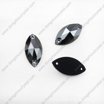 Sew nas pedras de cristal do ajuste da garra do cristal de rocha para a decoração da roupa