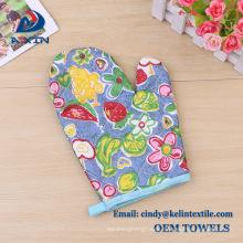 2018 christmas gift CMYK print pot holder & oven Glove set & kitchen towel sets