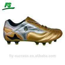 Mais novos sapatos de futebol de estilo italiano