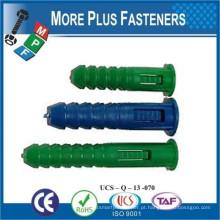 Fabricado em Taiwan Colored Universal Long Conical Ribbed Plastic Anchor e Plugs de parede