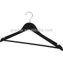 Gute Qualität schwarz gefärbter hölzerner Hemdbügel mit U-Kerben und runder Bar