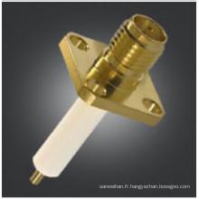 Montage à bride SMA femelle avec connecteurs isolants longs