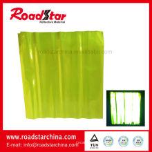 Material reflexivo prismático para segurança
