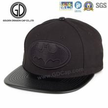 2016 hochwertige schwarze Baumwolle Snapback Cap mit Stickerei Abzeichen