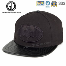2016 High Quality Black Cotton Snapback Cap with Embroidery Badge