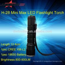 Lampe de poche avec bouton-poussoir Petite taille haute luminosité mini dynamo led torche