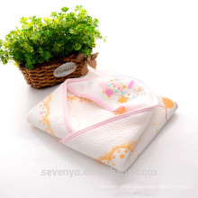 Baby hooded towel 100% baby towel organic cotton made for the stylish mother ideal for Boys& Girls CT-2143