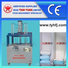 Máquina de empacotamento de compressa de travesseiro de fibra de poliéster não tecido