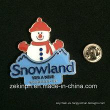 Imitación de moda Hard Enamel Snowland Badge