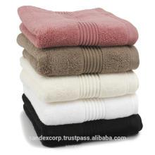 Handtücher und Heimtextilien