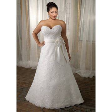 Una línea de Sweetheart Sweep Train Lace Satin Ribbon vestido de novia de talla grande