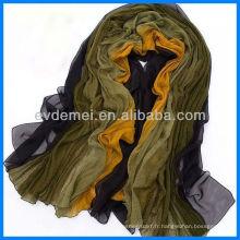 Pashmina de soie colorée et gracieuse