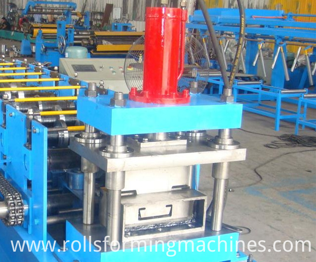 Automatic C Purlin Quick Change Size Machine