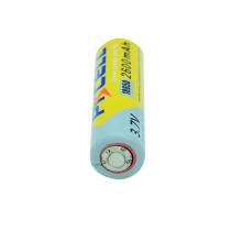 Пакет Бренд Блистерной PKCELL 3.7 V 18650 литиевая батарея для производства lr03 щелочная батарея AAA 1.5 V батареи