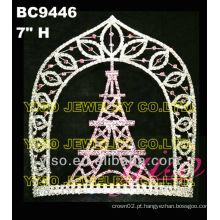 Coroas de cristal do castelo