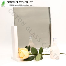 Substitua o vidro do fogão de madeira