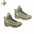 Pendentifs de charme de chaussure de sport en métal bronze 3D sur mesure