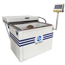 Machine de thermoformage de fines feuilles de plastique
