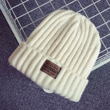 Custom Leather Label Knitted Beanie Hat