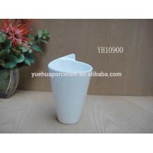 2015 new white ceramic ice cream mug without handle