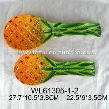 Resto de cuchara de cerámica de patrón de piña popular para vajilla