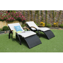 Modern Design Outdoor Wicker Sun Lounger Sunbed for Beach and Resort