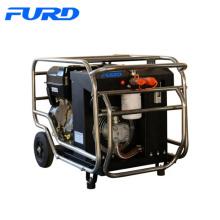 Station d'alimentation hydraulique avec moteur à essence