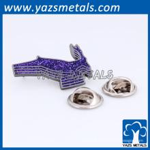 fabricante de China metal profissional gravado personalizado lapela pino com design livre lay out