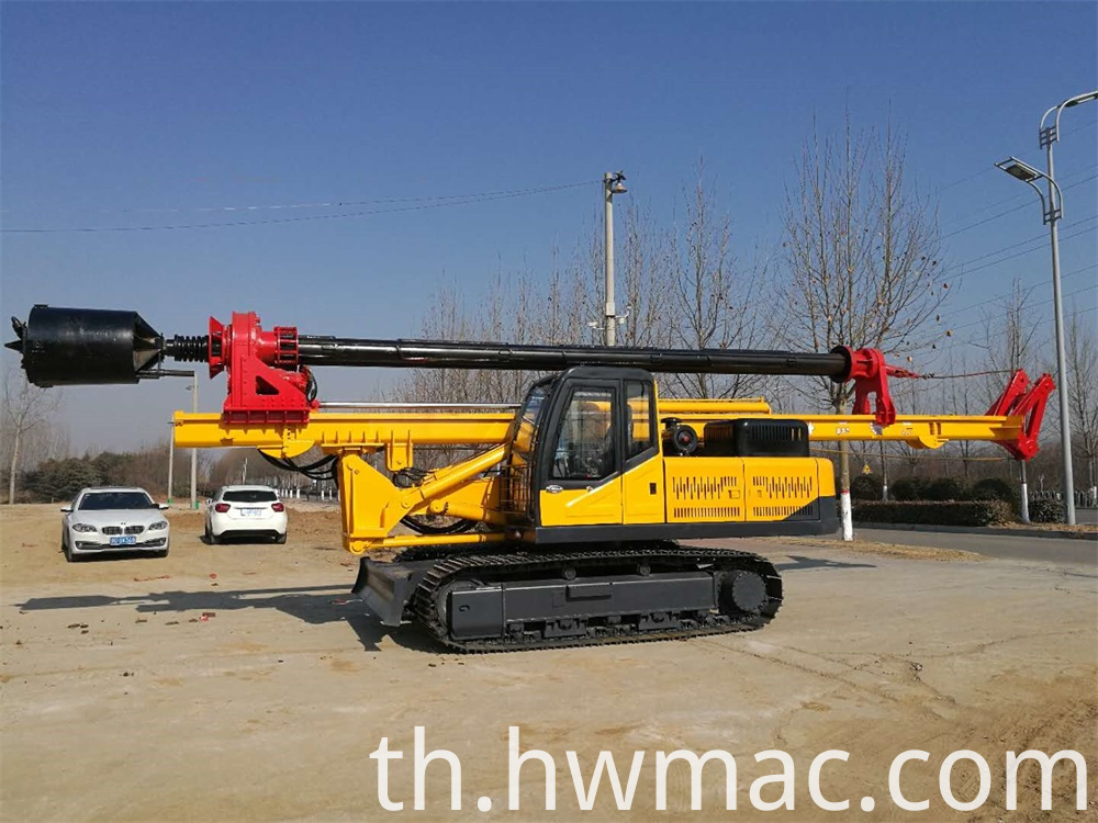 Lock Rod Crawler Rotary Screw Drilling Rig 3