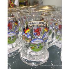 Стеклянная чашка Стеклянная машина Прессованная кубок пивного стекла Kb-Hn07827