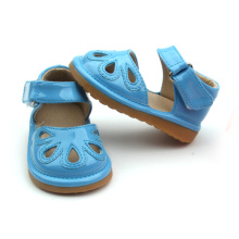 Zapatos de niños al por mayor Fancy Blue Kids Squeaky Shoes