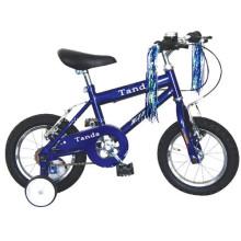 Miúdos de aço que funcionam a bicicleta