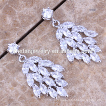 Boucles d'oreilles en cristal à la main élégant féminin Chandelier