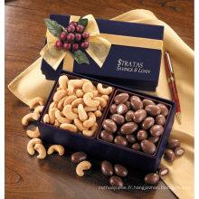 Boîte de chocolat en marbre avec ruban et plateau