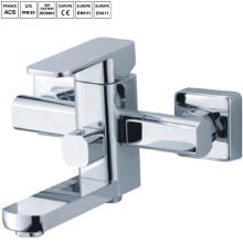 Установленная поверхность ванной комнаты faucet ливня дождя