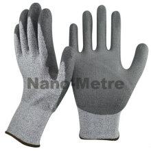 NMSAFETY 13 gauge forro de nylon revestido pu na palma da mão luvas de trabalho de segurança anti corte