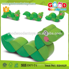 Eco Friendly Bendy Spine Snake Cute Animal Toy Wooden Baby Toys