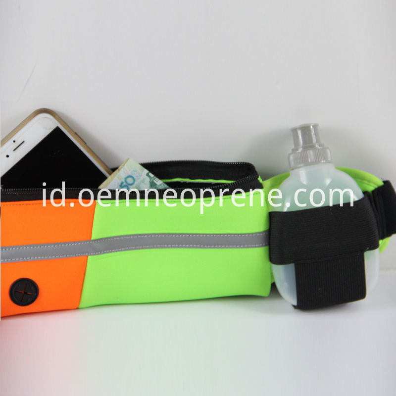 water resistant wasit bag