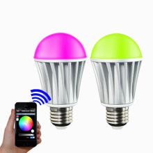 Hot vendas bluetooth bulbo / poupança de energia levou luz de bulbo