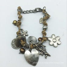 Pulsera de piezas de aleación de hilo de cuero con caída del corazón (XBL13561)