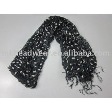 hand knitted fashionable ladies scarf for decoration